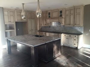 Benefits of Choosing Custom Cabinets for Your New Kitchen