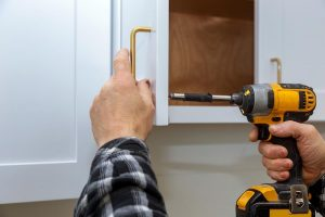 A Step by Step Guide to New Cabinet Door Installation