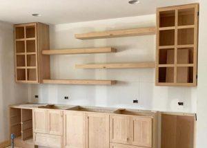 Choosing Between Open Shelving or Upper Cabinets